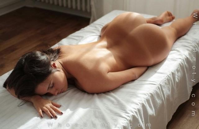 Massage-oil-anyone-640x416