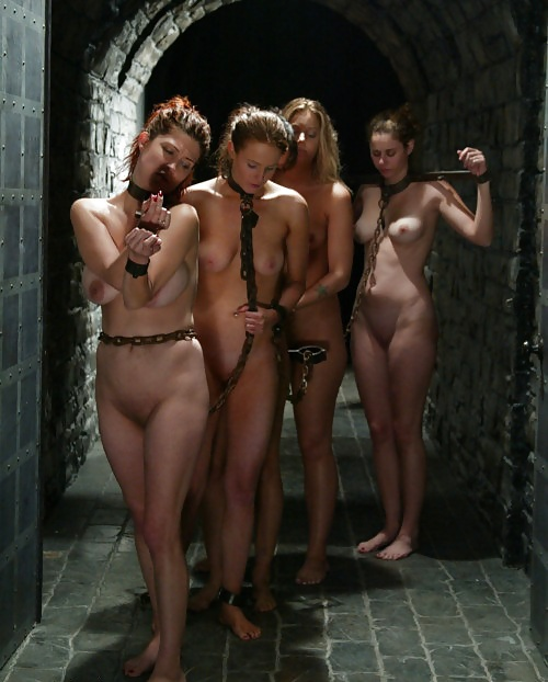Slavegirls-and-caged-pets-98