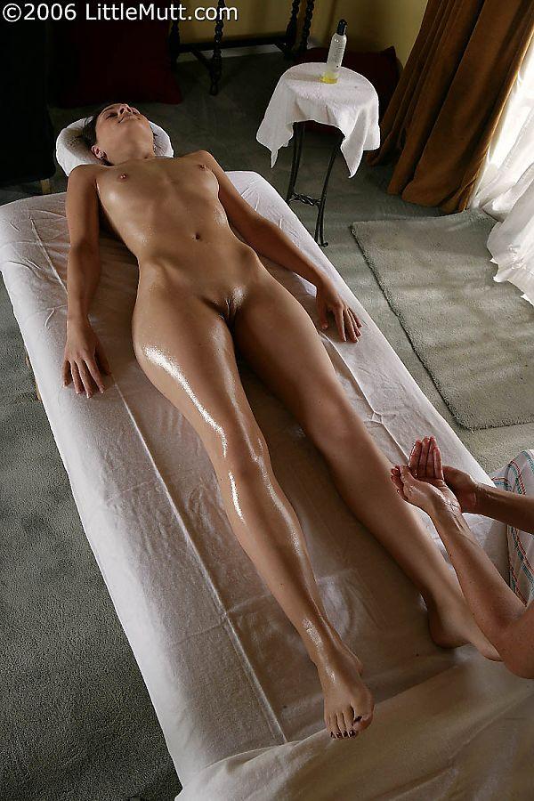 Ayurvedic massage in india