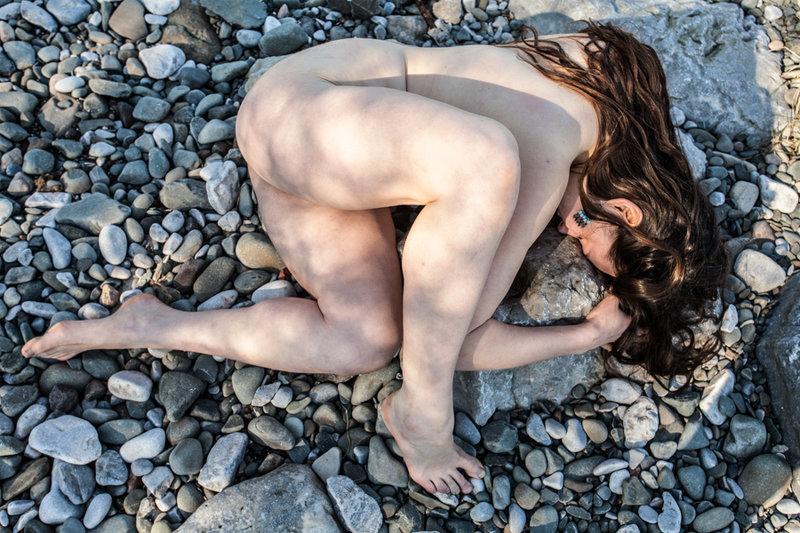 lola__beach_nude_by_ej_merrick-da38o1t