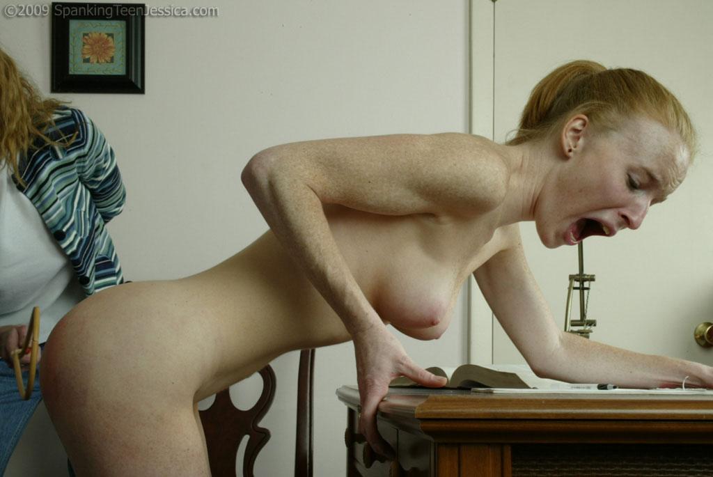 karen gillan tits
